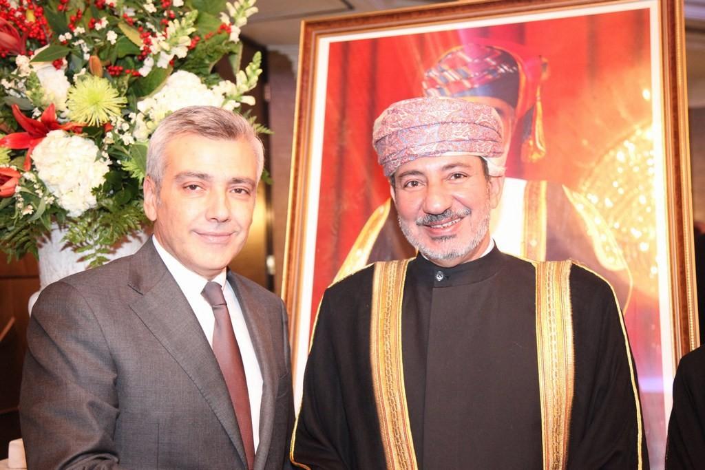 السفير الهنائي يستقبل سفير لبنان الجديد في لندن رامي مرتضى
