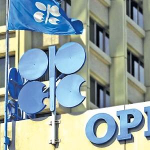 أسواق النفط.. ترقب في انتظار اجتماع اوبك